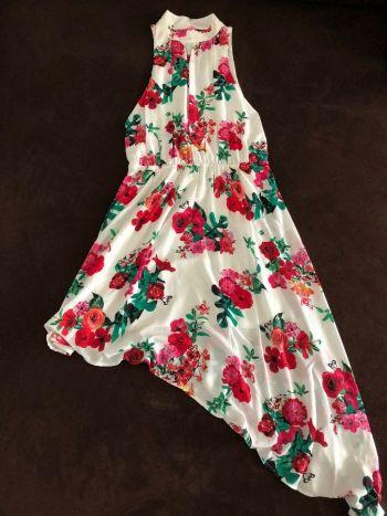 Vestido estampado asimétrico