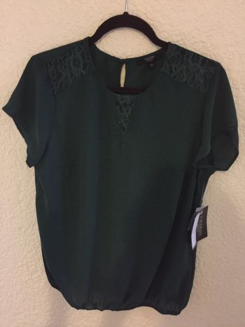 Blusa verde militar chica nueva
