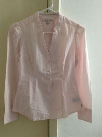 Blusa fresca rosa pastel de manga larga