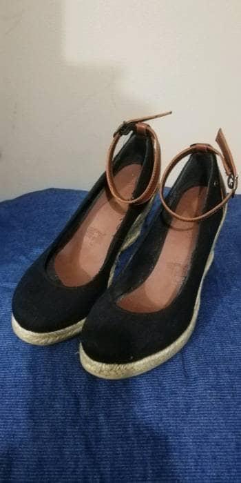 Zapatos de plataforma tipo alpargatas