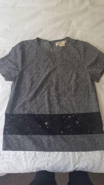 Blusa fresca con encaje
