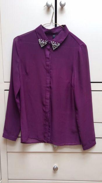 Camisa transparente con incrustaciones