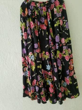 Falda americana
