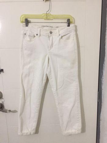 40 de Descuento, Jeans capri ck