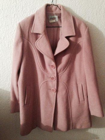Abrigo rosa básico