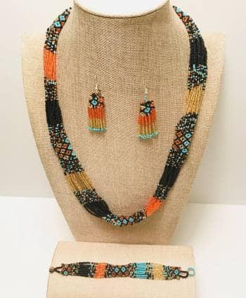 e44e002ba574 Set Artesanal Collar