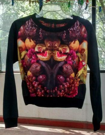 Suéter naturaleza muerta de diseñadores mexicanos