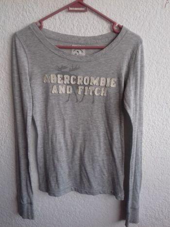 Abercrombie blusa gris