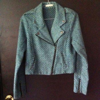 Abrigo grueso corto azul