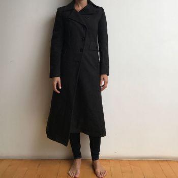 Abrigo largo con efecto brocado