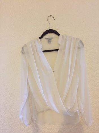 Camisa de gasa blanca en perfecto estado