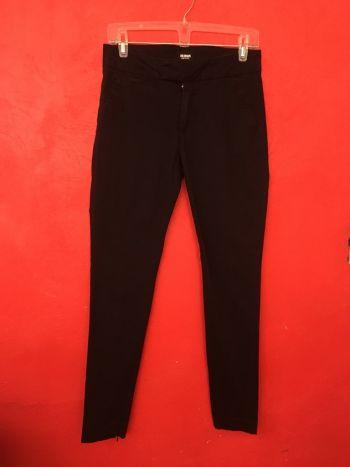 Pantalon negro entubado