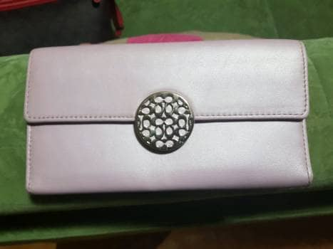 Cartera Coach lila